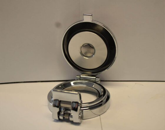 Fuel-Cap-Chrome-Aston-Roll-Cap